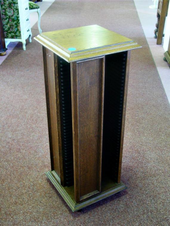 anima - 810.jpg - CD stojan